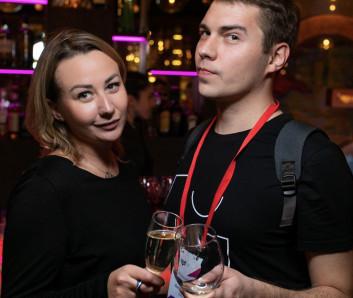 Екатерина Кустарева, Artics Internet Solutions и Сергей Миляев, Везет