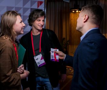 Екатерина Гераськина и Юрий Вайсман, Artics Internet Solutions, Павел Астахов, ВКонтакте